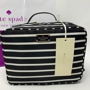➕Kate spade Martie cosmetic travel bag Wilson road